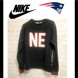 Nike NFL New England Patriot Crew Neck Sweatshirt
